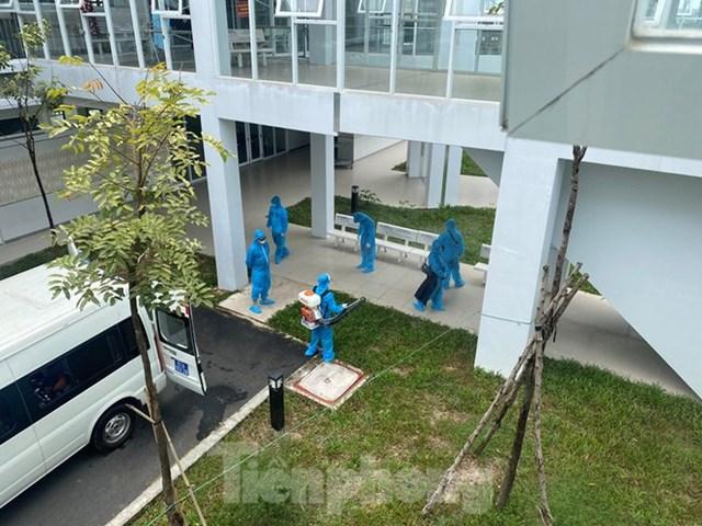 BN 1469-1473 dương tính với SARS-CoV-2 được cách ly, chữa trị tại BV Đa khoa tỉnh Bình Dương.
