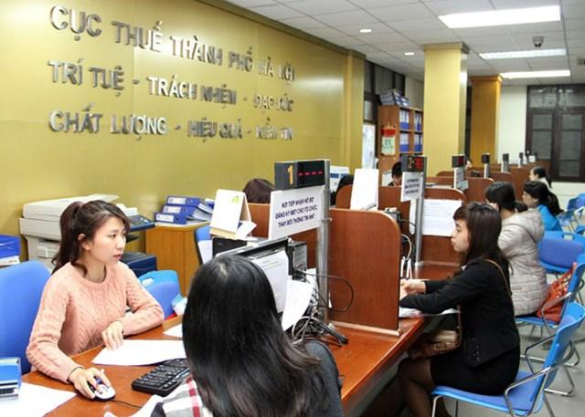 Hỗ trợ người nộp thuế tại Cục Thuế Hà Nội.