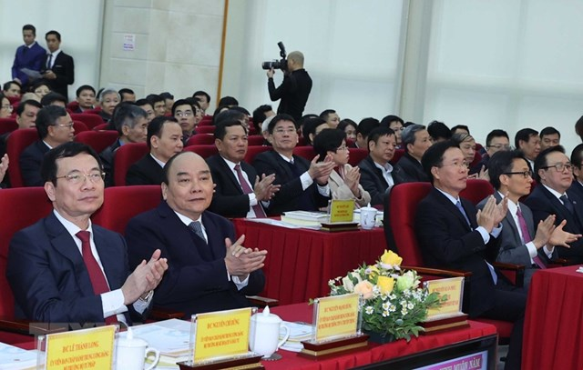 Thủ tướng Nguyễn Xuân Phúc và các đại biểu tham dự hội nghị. (Ảnh: Thống Nhất/TTXVN).