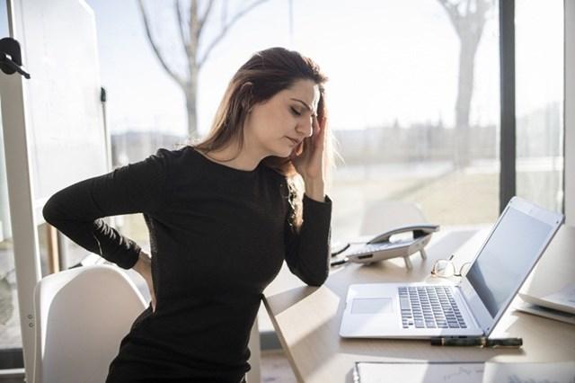 9 mẹo giữ dáng thon gọn dành cho chị em giới văn phòng - Ảnh 1
