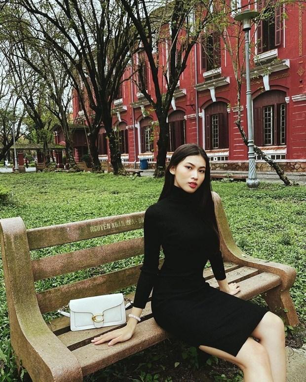 [ẢNH] Phong cách bánh bèo phủ sóng street style của dàn sao Việt - Ảnh 26