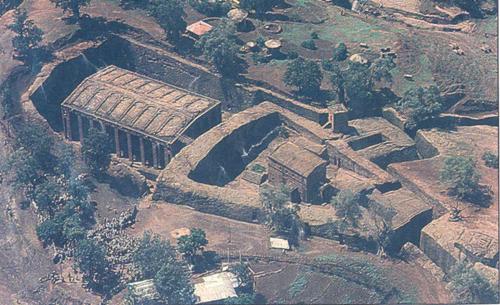 11 nhà thờ bằng đá nguyên khối ở Lalibela.