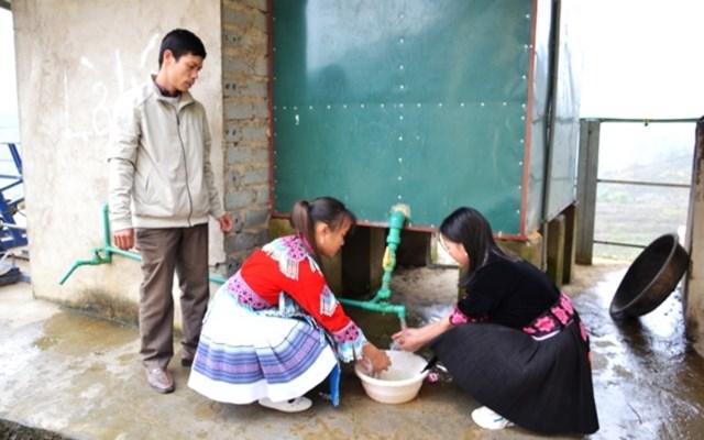 Thầy giáo vùng cao sáng chế cấp nước nóng từ công nghệ ủ trấu - Ảnh 1