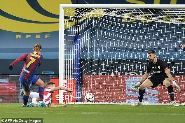 Messi nhận thẻ đỏ, Barcelona tan mộng giành Siêu Cup Tây Ban Nha - Ảnh 1