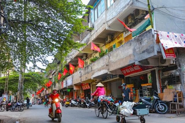 Trong 2 năm gần đây, thị trường bất động sản Hà Nội đã đón nhận ồ ạt dòng vốn đến từ các nhà đầu tư phía Nam. Ảnh minh họa: Vũ Đức Anh.