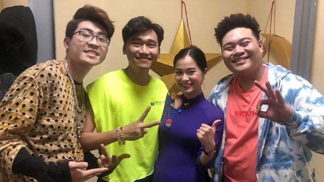 Xuân Nghị, Lâm Vĩ Dạ, rapper ICD... trong hậu trường ghi hình