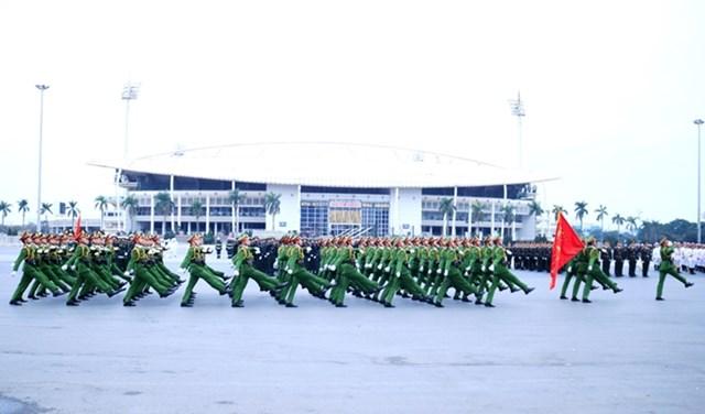 Lực lượng cảnh sát tại lễ xuất quân và diễn tập phương án bảo vệ Đại hội lần thứ XIII của Đảng,ngày 10/1. Ảnh: Phạm Cường.