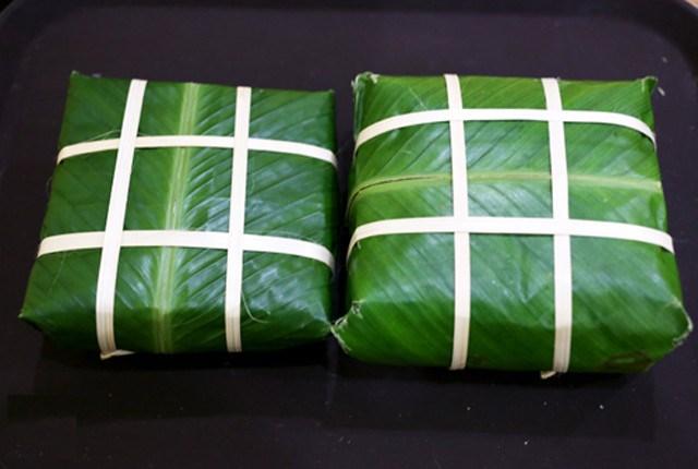 Bí kíp gói bánh chưng đẹp và vuông trong ngày Tết - Ảnh 1