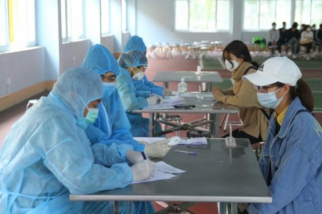 Những ai đến 4 địa điểm sau tại Quảng Ninh, Hà Nội, Bắc Giang liên hệ ngay y tế - Ảnh 1