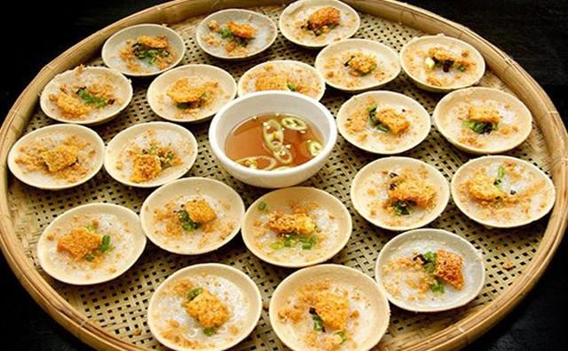 Bánh bèo chén đặc sản của xứ Huế.