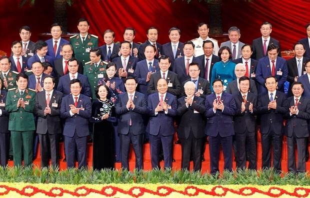 Ban Chấp hành Trung ương Đảng khóa XIII ra mắt Đại hội. (Ảnh: TTXVN).