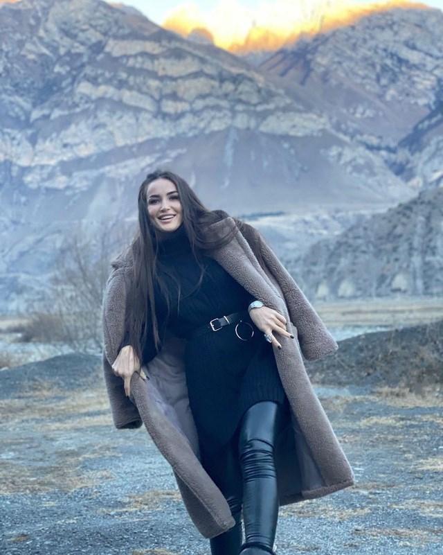 [ẢNH] Ngắm vẻ đẹp thiên thần của nữ võ sĩ Diana Avsaragova - Ảnh 2
