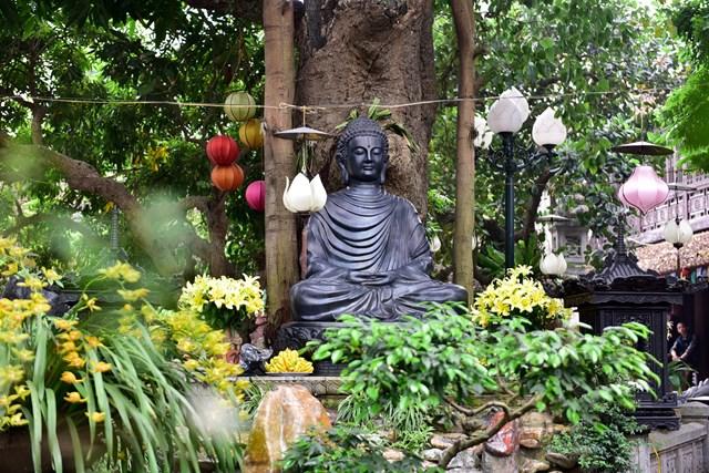 [ẢNH] Ngôi chùa cổ có tượng Phật từ đá quý nguyên khối nặng 600 kg - Ảnh 7