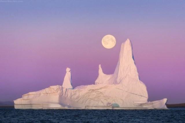 Greenland là hòn đảo lớn nhất thế giới với 81% diện tích bề mặt bị băng bao phủ