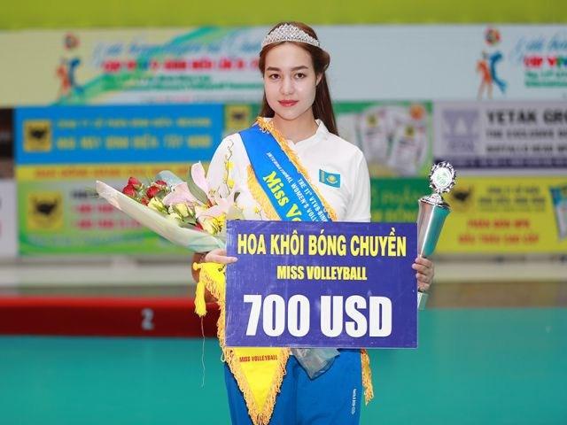 Nhiều người hâm mộ kỳ vọng Dinara Syzdykova có thể tiếp tục sang Việt Nam thi đấu.