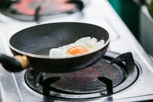 [ẢNH] Cảnh giác những loại thực phẩm dễ gây ngộ độc trong ngày nắng nóng - Ảnh 9