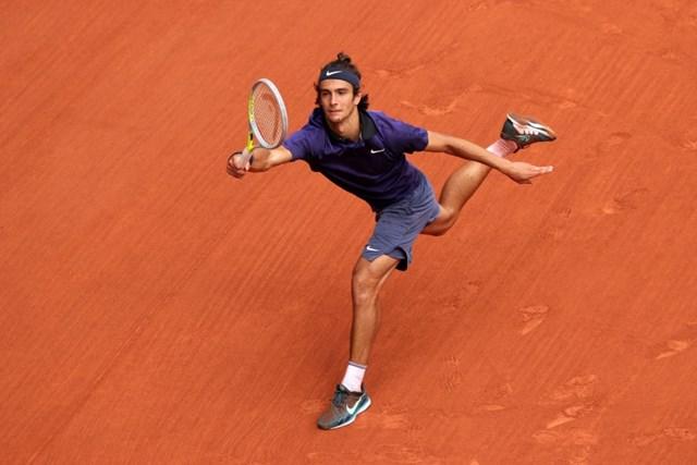 Musetti chơi hay trong hai set đầu tiên trước Djokovic.
