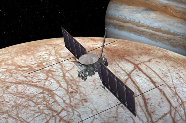 Tàu thám hiểmEuropa Clipper sẽ đánh giá khả năng duy trì sự sống trên Mặt trăng Europa. (Ảnh minh họa: NASA).
