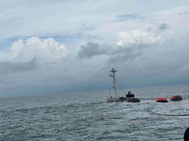 Hiện trường tàu Mỹ An 1 bị chìm sau đâm va. (Nguồn: baogiaothong.vn).