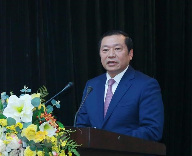 Ông Lại Xuân Môn, Ủy viên Trung ương Đảng, Phó Trưởng Ban Tuyên giáo Trung ương, phát biểu tại hội nghị. Ảnh: TTXVN.
