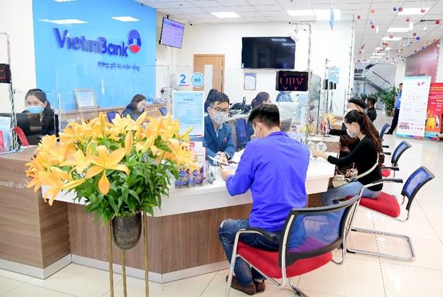 VietinBank đang đẩy mạnh cải tiến quy trình, thủ tục và hình thức tiếp nhận hồ sơ nhằm hạn chế ảnh hưởng của dịch bệnh, nâng cao trải nghiệm của khách hàng.