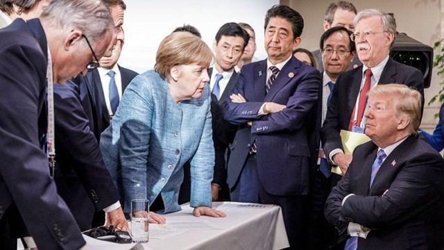 Nước Đức tạm biệt 'tượng đài Angela Merkel' - Ảnh 4