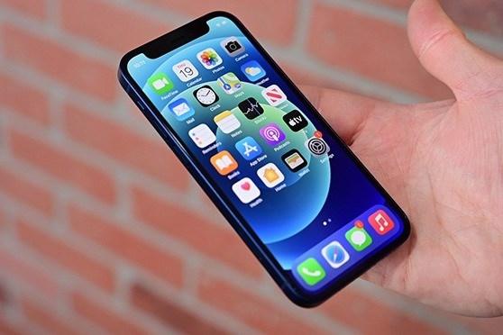 Đại lý xả hàng, iPhone 12 Mini 'sập giá' tại Việt Nam - Ảnh 1