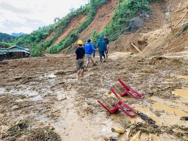 Quảng Nam: Thêm điểm sạt lở tại xã Phước Lộc vùi lấp 11 người - Ảnh 4