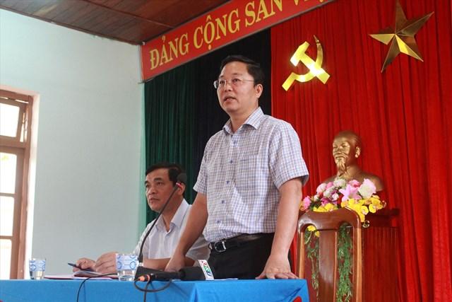 Chủ tịch UBND tỉnh Lê Trí Thanh yêu cầu các lực lượng khẩn trương cứu hộ cứu nạn, hỗ trợ khẩn cấp người dân các xã bị cô lập. Ảnh: T.C.