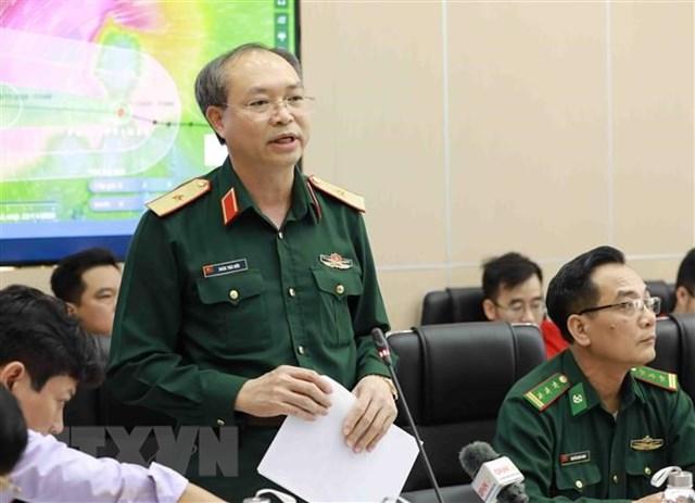 Thiếu tướng Doãn Thái Đức, Chánh Văn phòng Ủy ban quốc gia ứng phó sự cố, thiên tai và tìm kiếm cứu nạn phát biểu. (Ảnh: Vũ Sinh/TTXVN).
