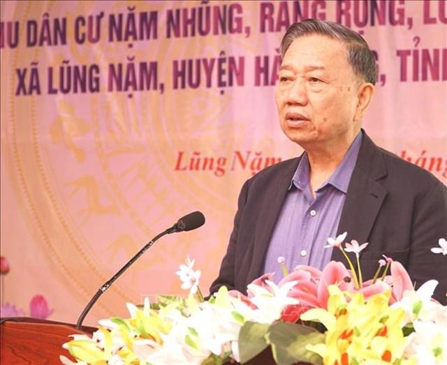 Bộ trưởng Tô Lâm dự Ngày hội Đại đoàn kết toàn dân tộc tại tỉnh Cao Bằng - Ảnh 1