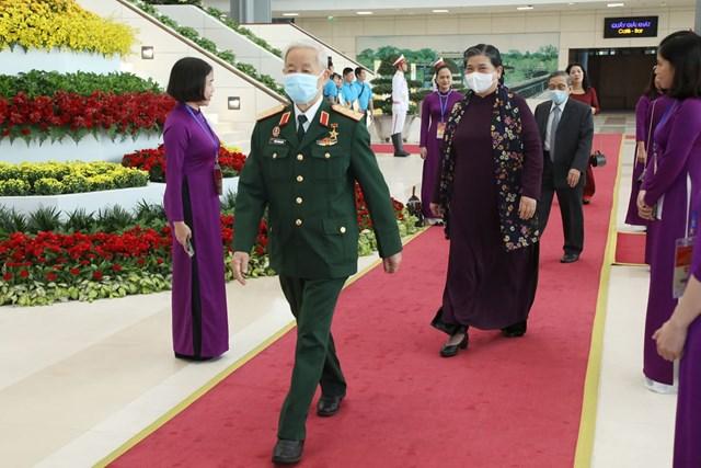 Phó Chủ tịch Quốc hội Tòng Thị Phóng tới dự Lễ kỷ niệm.