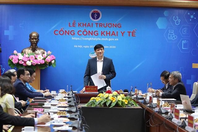 Bộ trưởng Bộ Y tế Nguyễn Thanh Long phát biểu tại buổi lễ.
