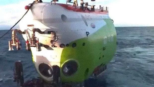 Trung Quốc phát cảnh quay trực tiếp tại đáy sâu nhất của đại dương - Ảnh 1
