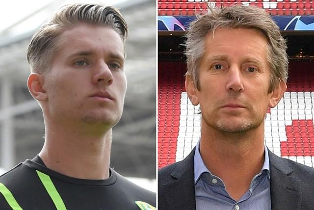 Joe Van Der Sar, 22 tuổi, chính là con trai của người gác đền huyền thoại Edwin Van Der Sar. Ban đầu, Joe bắt đầu sự nghiệp tại Manchester United, nơi mà ông bố nổi tiếng đã có sáu năm thi đấu trong khung gỗ. Sau đó, Joe Van Der Sar chuyển sang khoác áo Noordwijk trước khi ký hợp đồng với Ajax vào năm 2013. Điều trùng hợp là Edwin Van Der Sar cũng chính là CEO của đội bóng này.