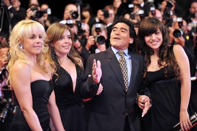 Những người con gái của Maradona sẽ được triệu tập để lấy lời khai liên quan tới cái chết của cha mình.