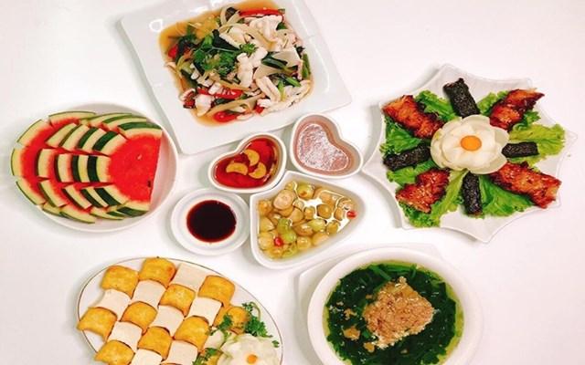 Tác hại đáng sợ của việc nhịn ăn tối để giảm cân - Ảnh 1