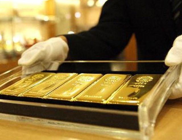 Đồng bitcoin tăng mạnh và các ngân hàng trung ương mạnh tay bán vàng là những nguyên nhân khiến giá vàng hiện bị đình trệ. (Ảnh minh họa).