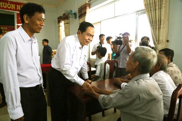 Chủ tịch Trần Thanh Mẫn thăm, tặng quà Tết gia đình chính sách, hộ nghèo tại Sóc Trăng - 4