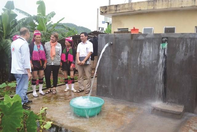 Tìm kiếm nguồn nước phục vụ đồng bào dân tộc thiểu số