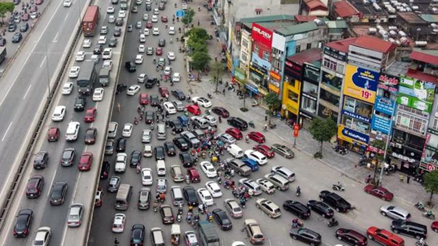 Cửa ngõ phía Nam Thủ đô ùn tắc do phương tiện cá nhân