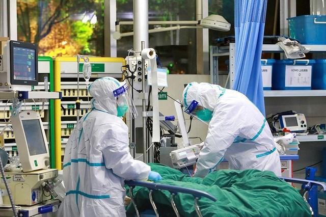 Hơn 3.000 nhân viên y tế Trung Quốc bị nhiễm virus Corona