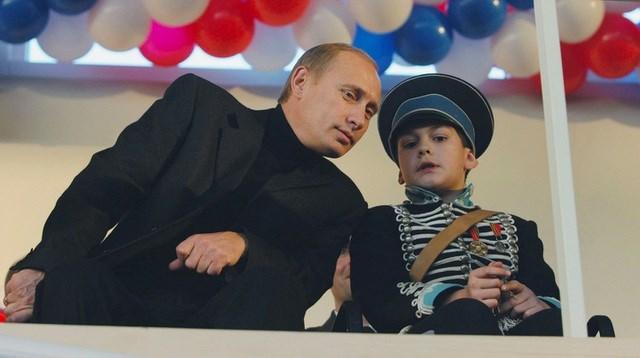 Chùm ảnh chưa từng được công bố của Tổng thống Nga Putin - 3