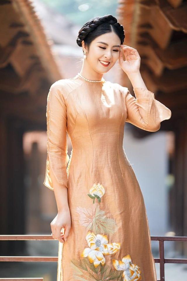 Sao Việt mùa Covid - 1