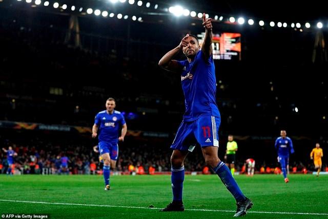 Man Utd thắng lớn, Arsenal bất ngờ bị loại khỏi Europa League - 2