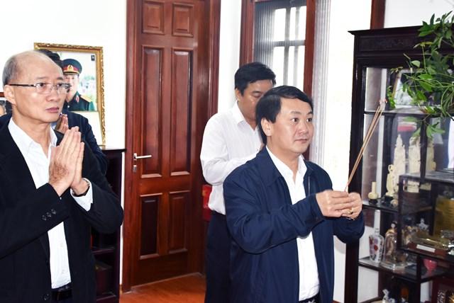 Phó Chủ tịch – Tổng Thư ký Hầu A Lềnh chúc Tết nguyên lãnh đạo Nhà nước, MTTQ Việt Nam - 4