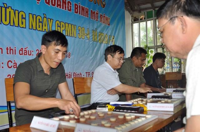 43 kỳ thủ tranh tài giải Cờ tướng CLB Quảng Bình mở rộng