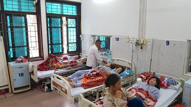 Công nhân bị ngộ độc hô hấp, nhà máy giày da vốn Trung Quốc tạm đóng cửa