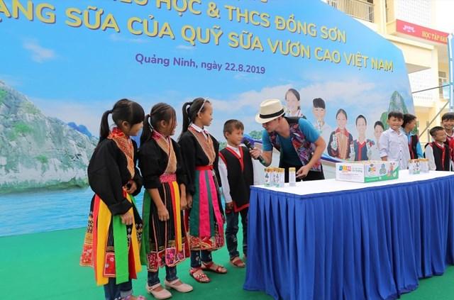 12 năm vì sứ mệnh: 'Để mọi trẻ em đều được uống sữa mỗi ngày' - 4