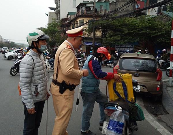 CSGT Hà Nội ra quân xử lý xe máy che biển kiểm soát